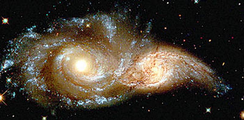 哈勃望远镜16年拍摄的十佳图片